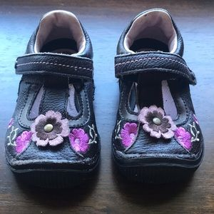 Stride Rite  Mary Janes with Velcro Closure